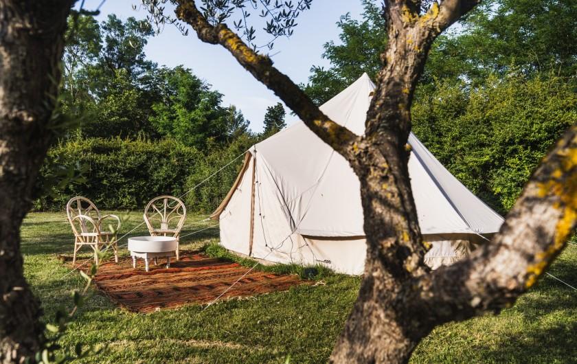 Location de vacances - Mas à Potelières - La tente, prenez vos matelas gonflables :-)