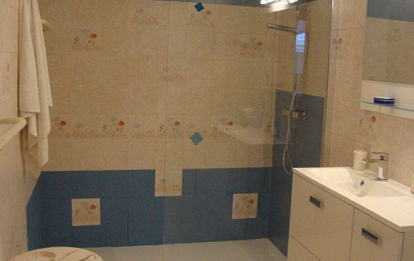 Location de vacances - Maison - Villa à Cahors - salle de bain