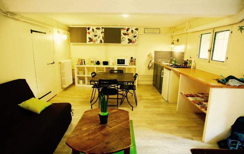Location de vacances - Maison - Villa à Arles - Cuisine / Salon