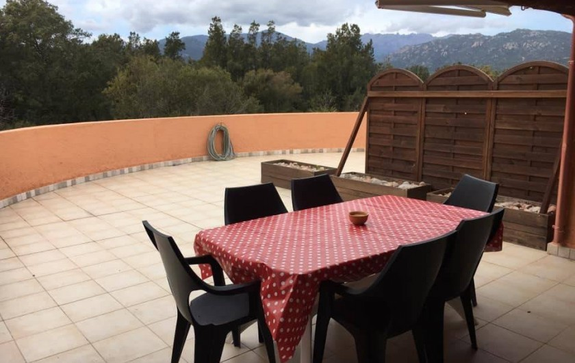 Location de vacances - Appartement à Sainte-Lucie de Porto-Vecchio - terrasse
