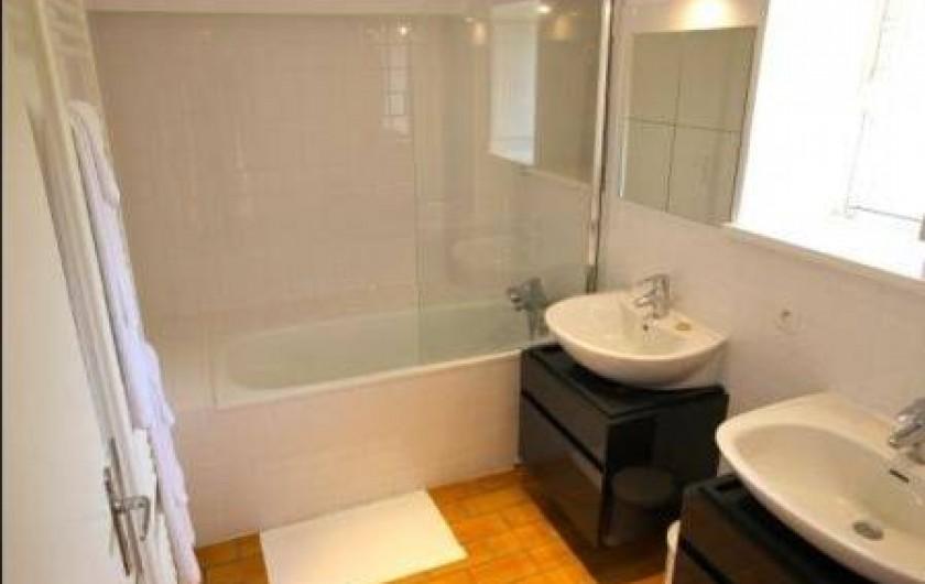 Location de vacances - Gîte à Chambord - Gîte de la Gabillière - salle de bain