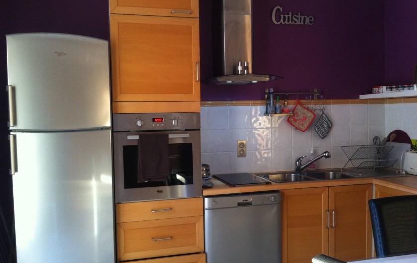 Location de vacances - Appartement à Évenos - cuisine aménagée et fonctionnelle, tout est neuf