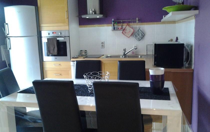 Location de vacances - Appartement à Évenos - séjour/cuisine