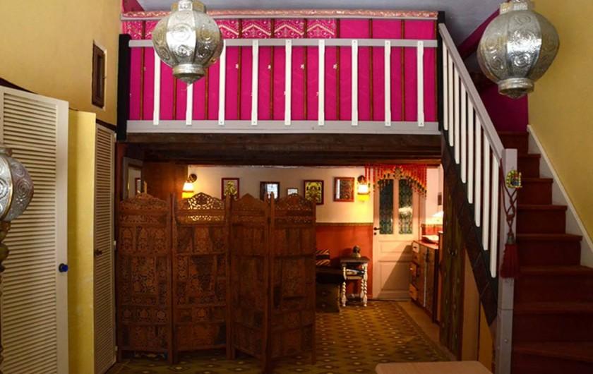 Location de vacances - Chambre d'hôtes à Sète - Studio bollywood salon