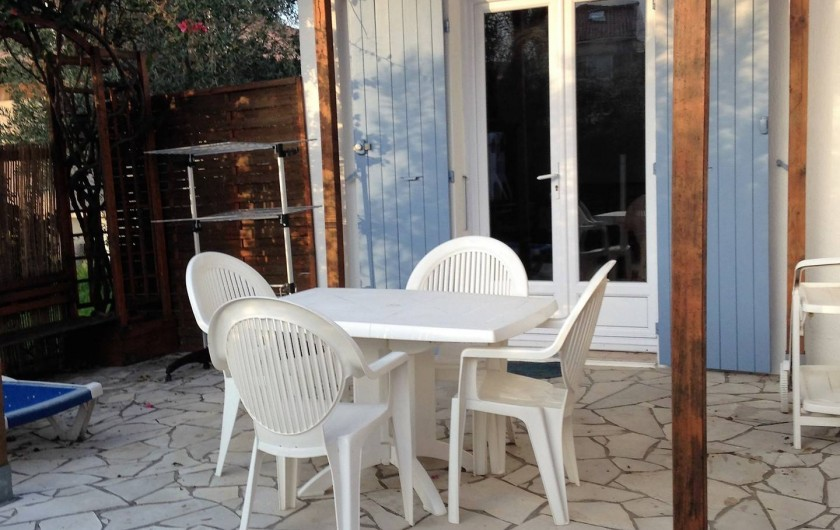 Location de vacances - Studio à Lucciana - Terrasse