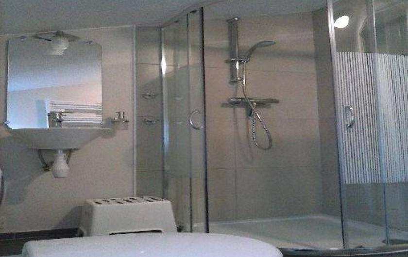 Location de vacances - Gîte à Haimps - Salle de douche 1er étage