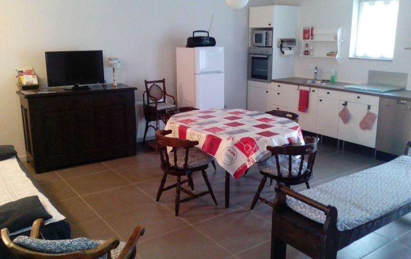 Location de vacances - Gîte à Haimps - Cuisine, coin salle à manger, salon