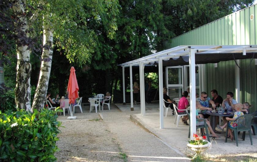 Location de vacances - Camping à Mézières-sous-Lavardin - Snack