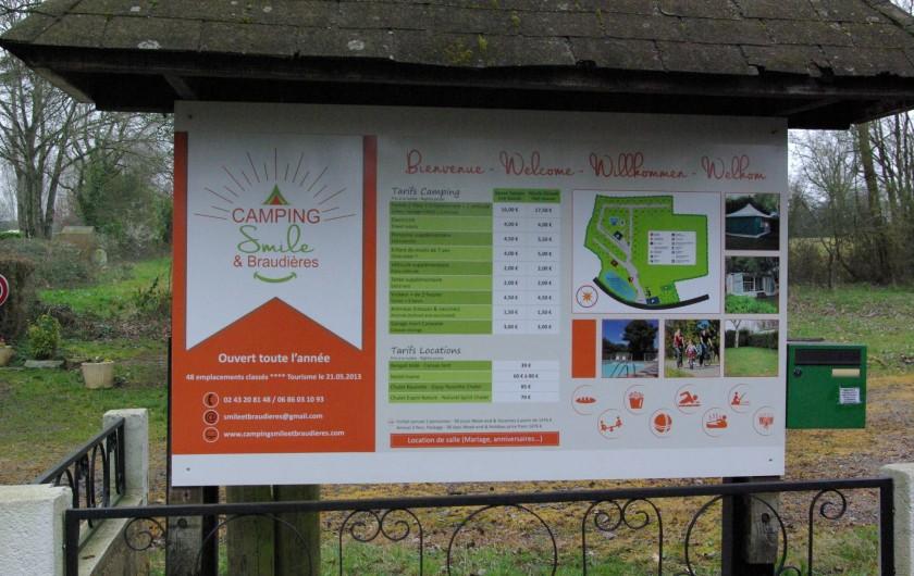 Location de vacances - Camping à Mézières-sous-Lavardin - Panneau d'entrée