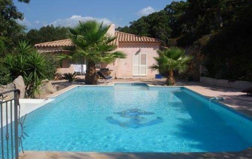 location villa figari en corse du sud avec piscine priv e france. Black Bedroom Furniture Sets. Home Design Ideas