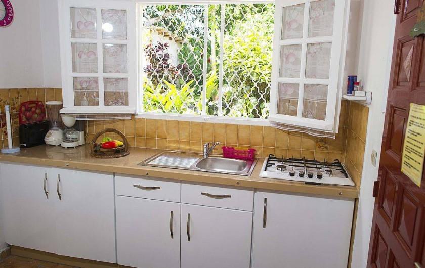 Location de vacances - Villa à Lamentin - cuisine