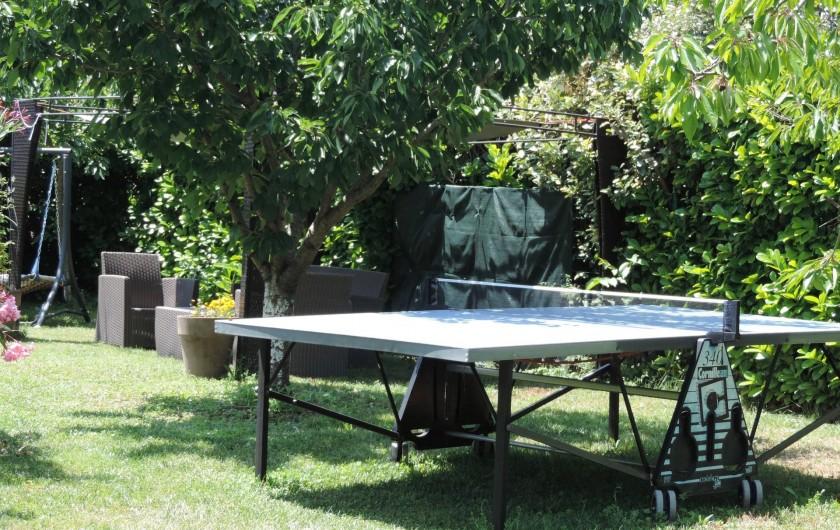 Location de vacances - Villa à Villecroze - COIN REPOS EXTERIEUR ET TABLE DE PING PONG
