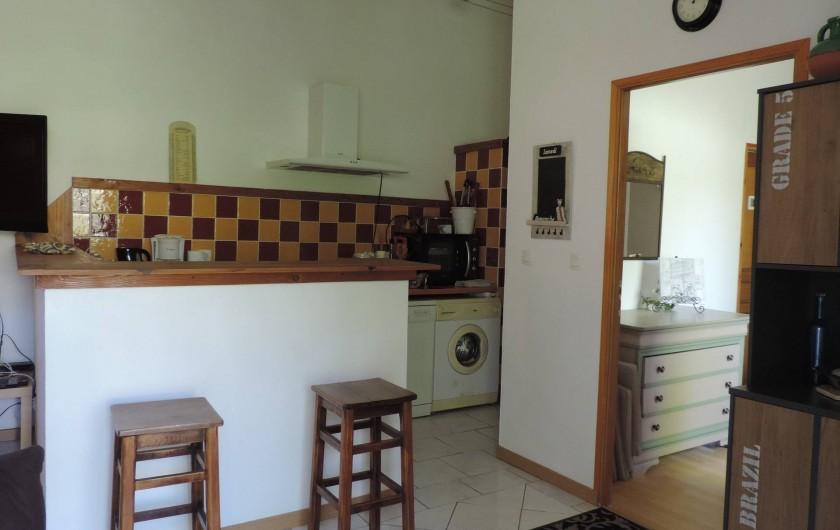 Location de vacances - Villa à Villecroze - COIN CUISINE ET PETIT COMPTOIR