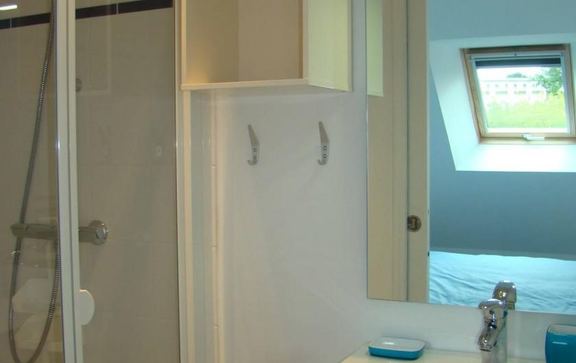Location de vacances - Appartement à Vannes - Salle de douche 'Ouest'