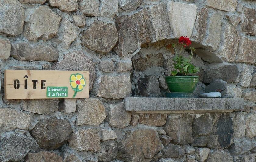Location de vacances - Gîte à Saint-Victor-Malescours - Accueil
