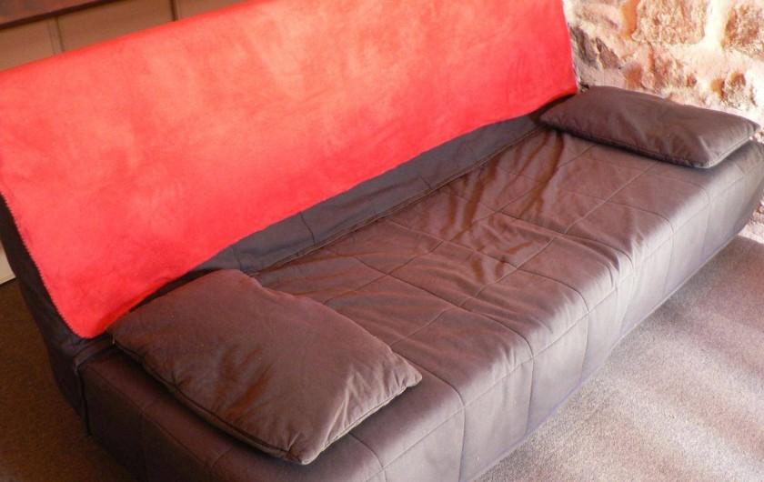Location de vacances - Gîte à Saint-Victor-Malescours - Clic clac convertible en couchage sur mezzanine