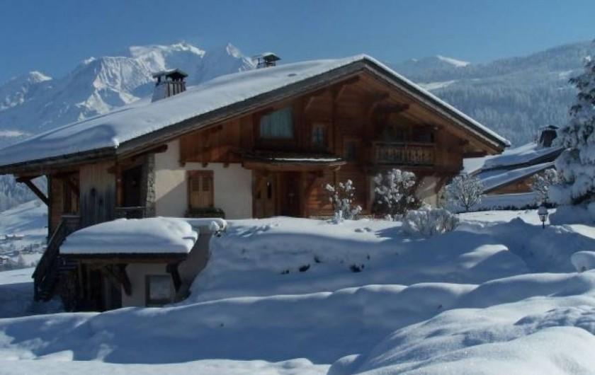 Location de vacances - Appartement à Combloux - Situé côté Est, dans un chalet,face au Mont-Blanc.