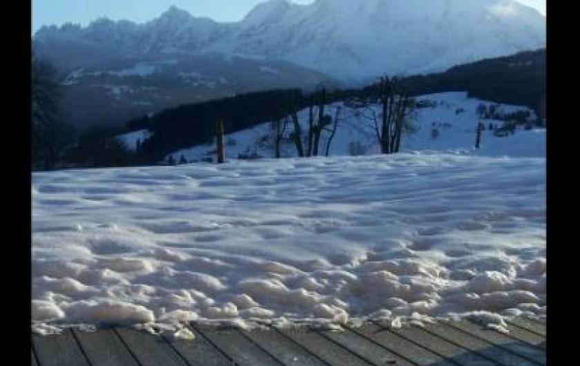 Location de vacances - Appartement à Combloux - Face au Mont-Blanc et sans vis à vis.