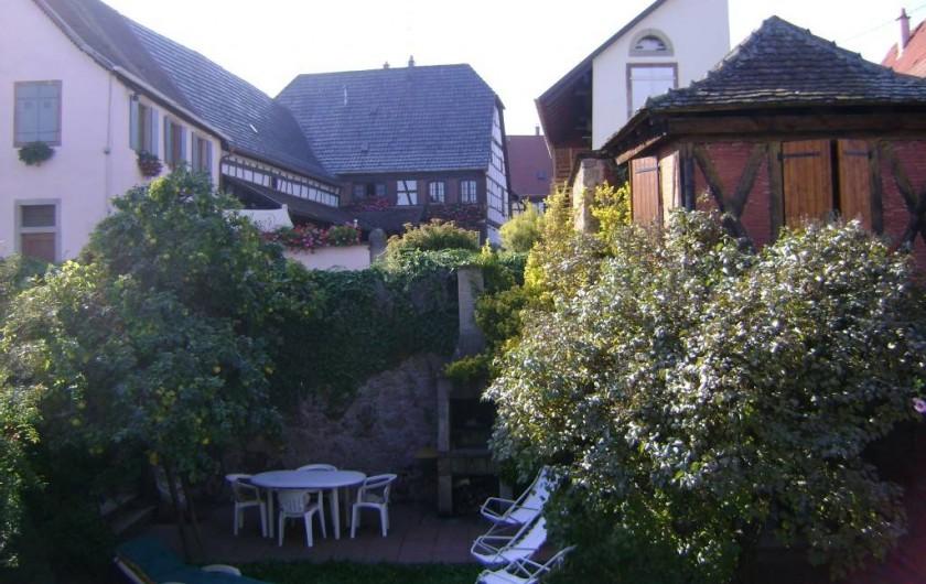 Location de vacances - Gîte à Dambach-la-ville - Jardin en face de la location