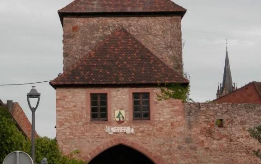 Location de vacances - Gîte à Dambach-la-ville - l'entrée du village