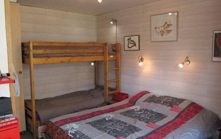 Location de vacances - Appartement à Tignes - Chambre à coucher