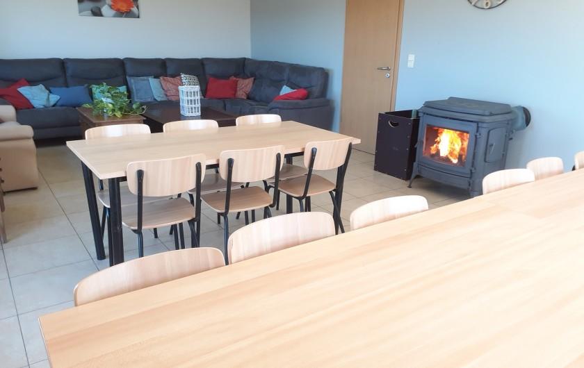 Location de vacances - Gîte à Stavelot - Salon et salle à manger