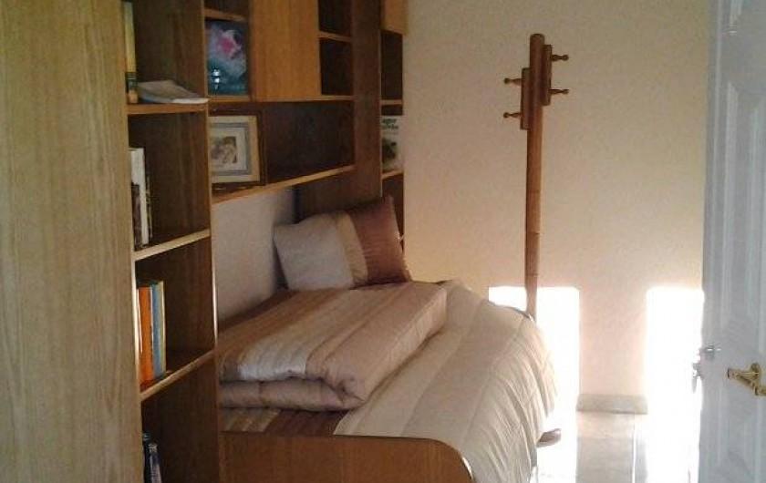 Location de vacances - Appartement à Armação de Pêra - Entrée/bibliothèque