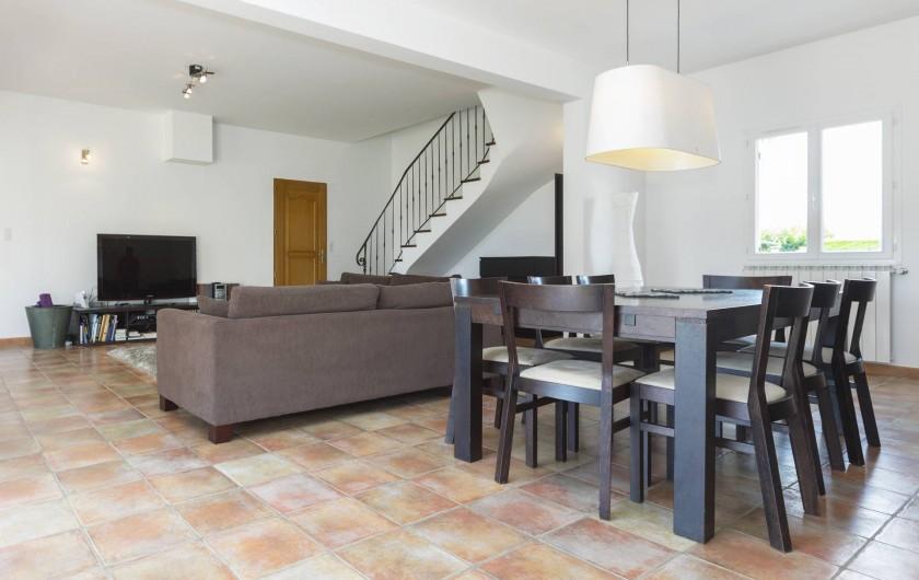 Location de vacances - Villa à Saint-Gély - Salon et salle à manger d'approx 60m2