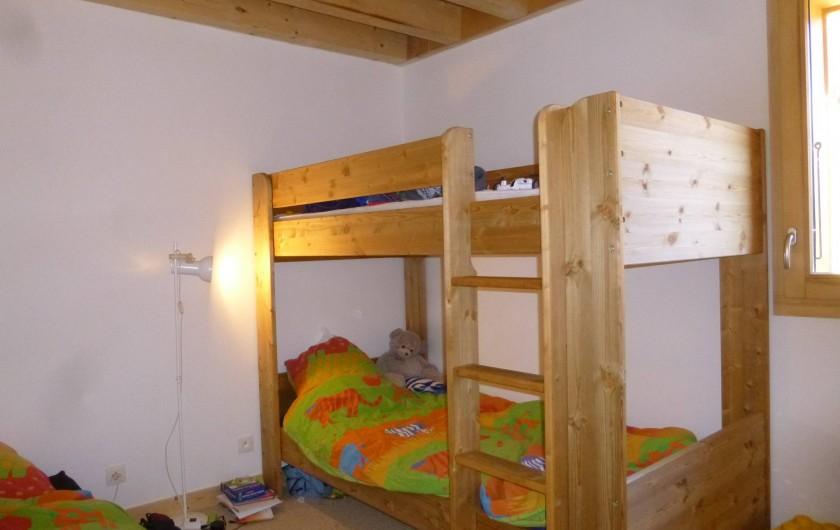 Location de vacances - Appartement à Samoëns - Chambre a 3 lits