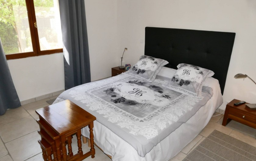 Location de vacances - Gîte à Vidauban - Première chambre située au rez de chaussée