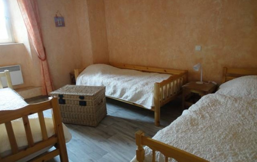 Location de vacances - Gîte à Rocles - chambre triple