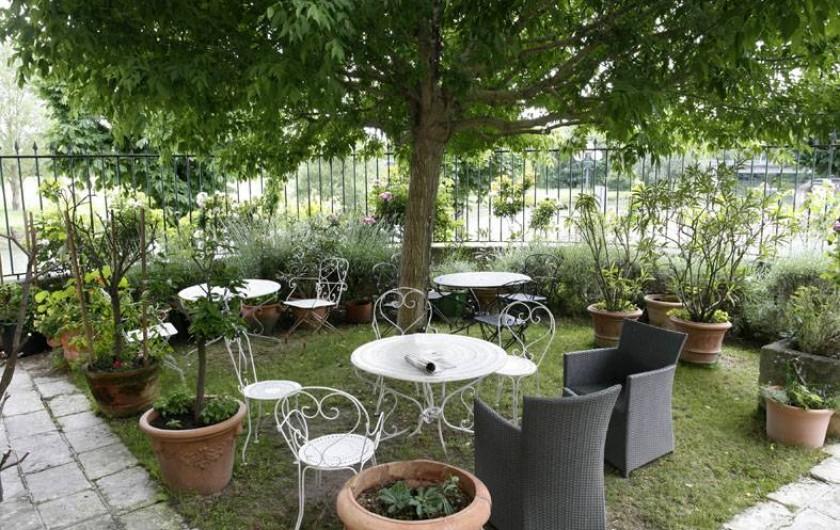 Location de vacances - Chambre d'hôtes à Saintes - Le jardin