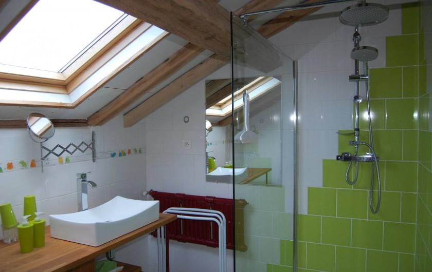 Location de vacances - Chambre d'hôtes à Landes-le-Gaulois - Salle de bain avec Douche Va_Nu_Pieds