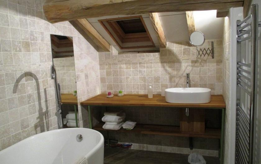 Location de vacances - Chambre d'hôtes à Landes-le-Gaulois - Salle de bain de Libre-Max