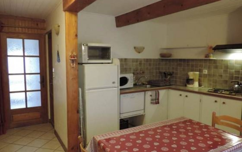Location de vacances - Appartement à Embrun - entrée  cuisine