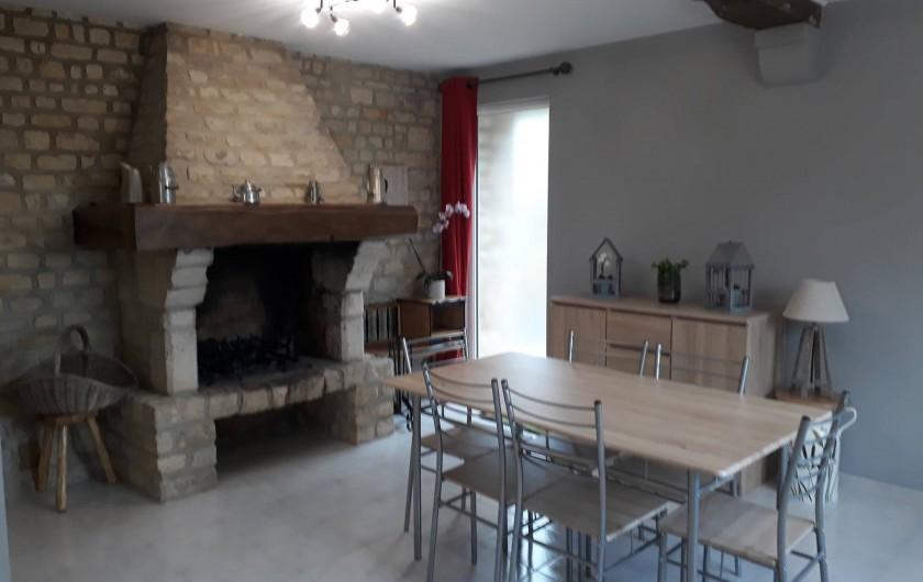 Location de vacances - Gîte à Liesville-sur-Douve - LE SÉJOUR