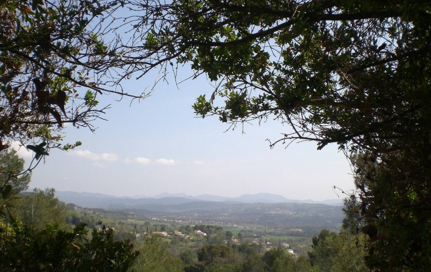 Location de vacances - Villa à Tourrettes - Vue de la Terrasse sur les Monts de l'Esterel