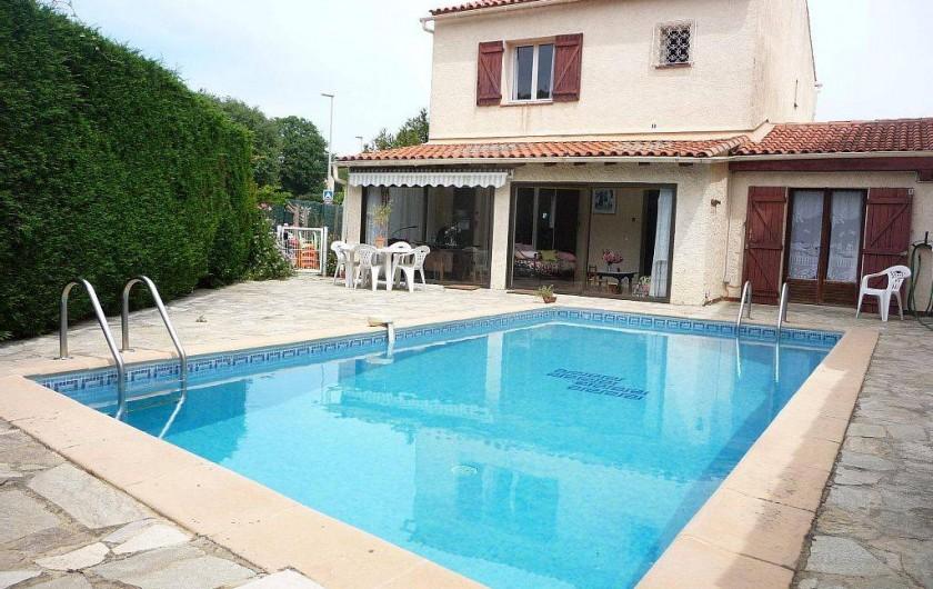 Location de vacances - Villa à Six-Fours-les-Plages - Piscine