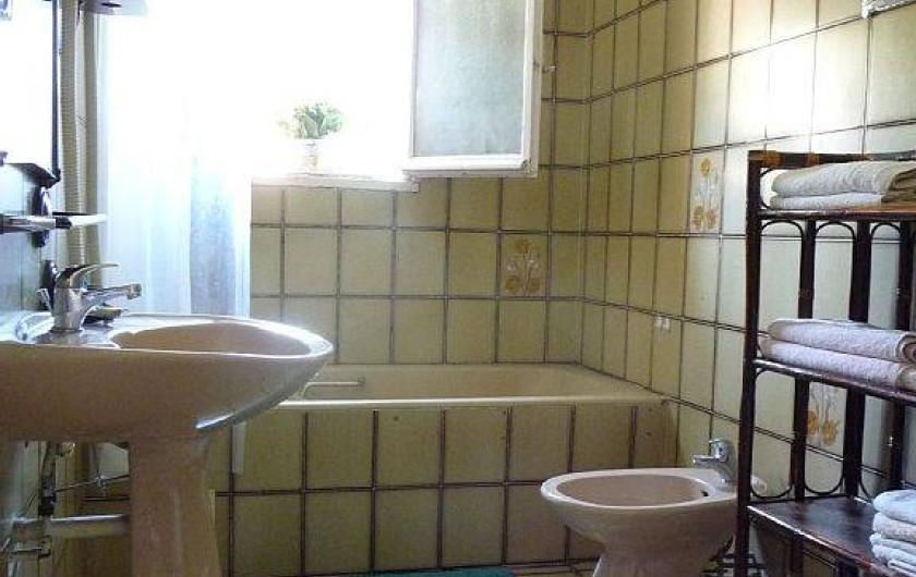 Location de vacances - Villa à Six-Fours-les-Plages - Salle de bain