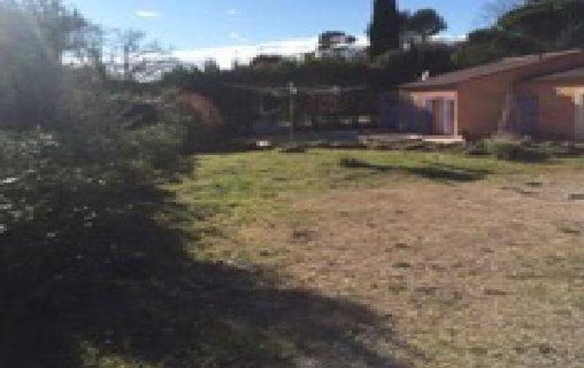 Location de vacances - Villa à Lorgues - Jardins de 1200 M2