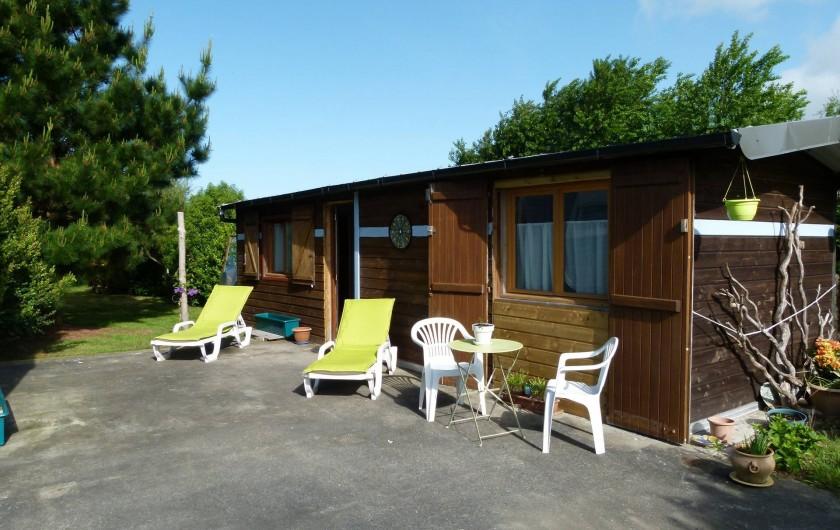 Location de vacances - Bungalow - Mobilhome à Plouhinec - Terrasse  chalet