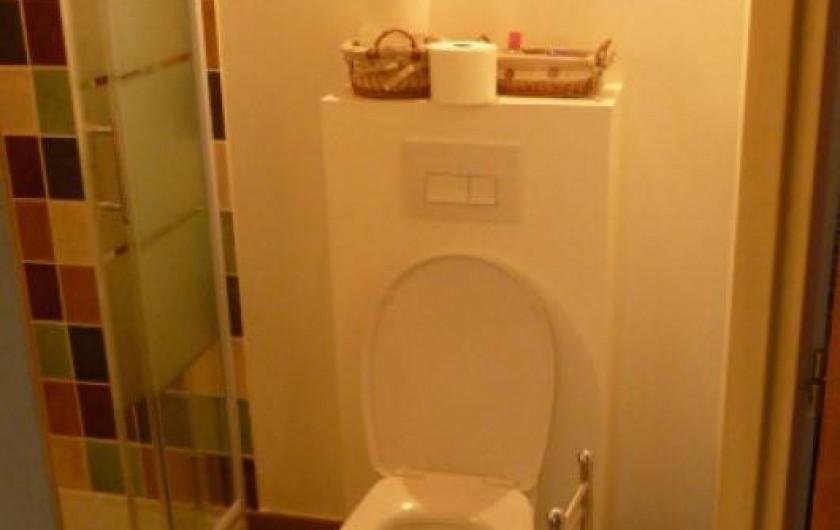 Location de vacances - Gîte à Vienne - toilette étage