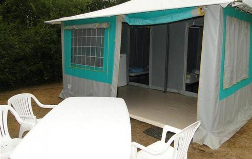 Location de vacances - Camping à Saint-Germain-sur-Ay - BUNGALOW TOILÉ