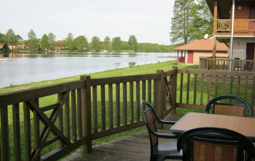 Location de vacances - Centre de vacances à Soustons - TERRASSE VUE LAC