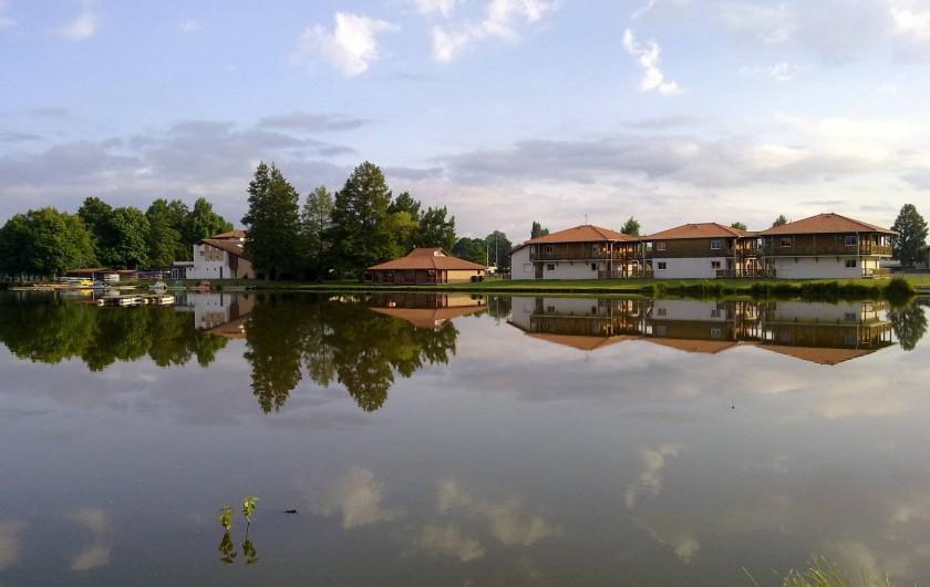 Location de vacances - Centre de vacances à Soustons - CHAMBRES DOUBLES VUE  COTE LAC