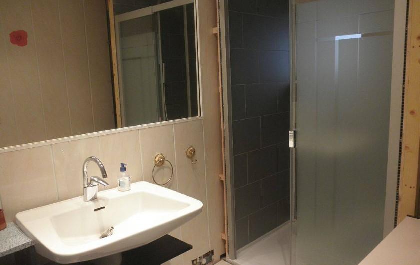 Location de vacances - Villa à Mandelieu-la-Napoule - salle de bain