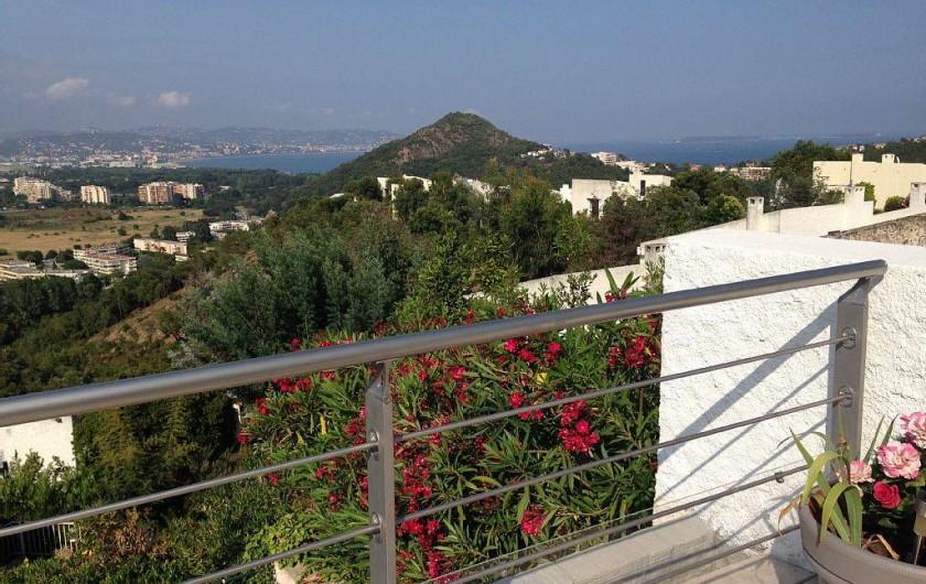 Location de vacances - Villa à Mandelieu-la-Napoule - vue de la terrasse