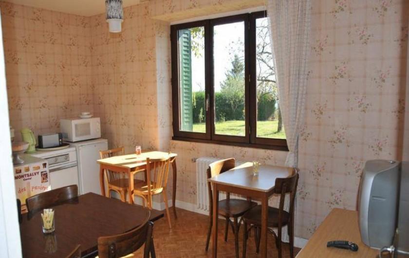 Location de vacances - Chambre d'hôtes à Junhac