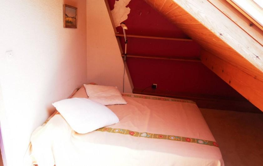 Location de vacances - Chalet à Saint-Bonnet-en-Champsaur - Chambre 8 m2 N°6 (2 ém étage)