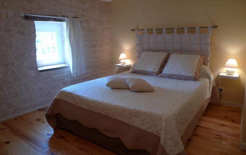 Location de vacances - Gîte à Neuvicq-le-Château - chambre 1